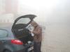 Cristi bajbaind prin ceata... in portbagaj