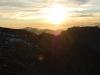 Apus de soare peste munţi